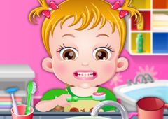 Neném Hazel Escova Seus Dentinhos